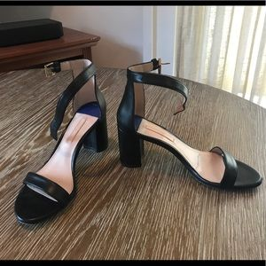 Stuart Weitzman Nearlynude Sandals in Black
